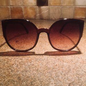 Accessories - Circus by Sam Edelman Brown Cat Eye Sunglasses 🆕